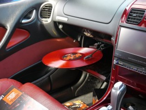 gramofon mobilni do auta