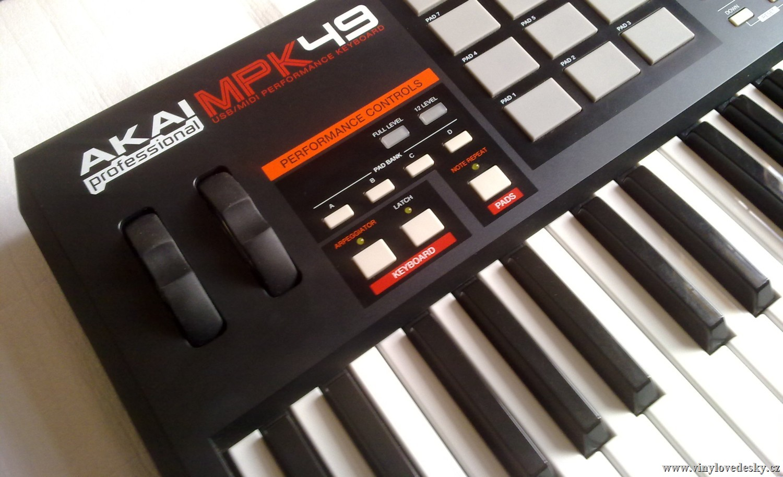 AKAI MPK 49-MIDI kontroler, master keyboard, midi klávesy, usb ovladač
