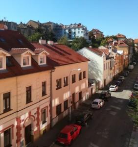 Pronájem bytu Praha 5, klidná ulice.
