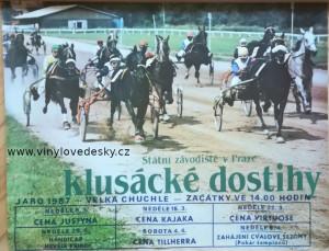 plakáty koní, roviné dostihy, klusáci